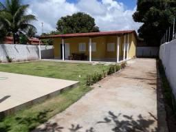 Casa com piscina em Tabuba