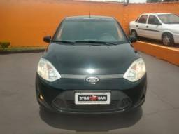 Ford Fiesta HACTH 1.6 completo 4P
