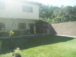 Casa para Venda em Niterói, Itaipu, 3 dormitórios, 1 suíte, 2 banheiros, 5 vagas
