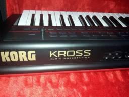 Teclado Korg Kross R$ 3.000 ( Baixei ) Leia a descrição