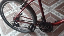 Vendo uma bicicleta semi-nova toda original