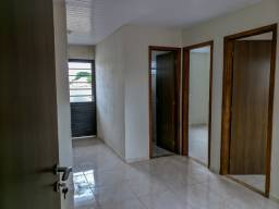 Aluga-se Apartamento no 1º Andar com 2 quartos na Vila Camargo Cajuru Prox Condor