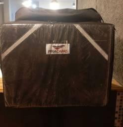Bag super nova!Apenas 4 meses de uso!Térmica!