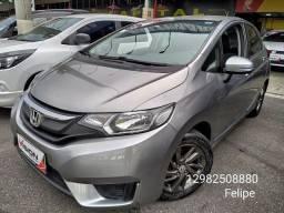 *Lindo Honda Fit 2015 automático bem cuidado troco e financio