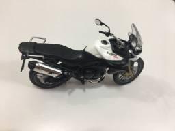 Miniatura Moto Triumph Tiger 1:18