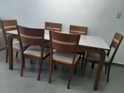 Linda mesa de madeira maciça imbuia mel toda trabalhada