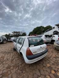 Sucata para retirada de peças- Renault Clio 2004