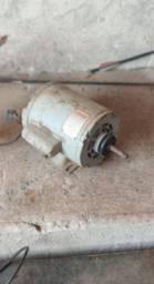 Motor monofásico 3/4 0,75 HP 110/220 volts