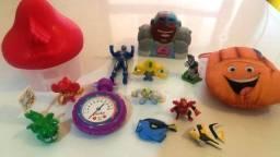 Lote lindo de brinquedos