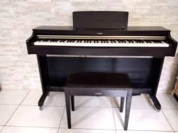 Piano Digital Yamaha Arius YDP- 162