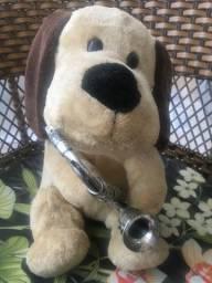Pelúcia cachorro saxofone