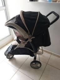 Carrinho com Bebê conforto Galzerano.