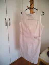 Vestido branco da marca Gregory