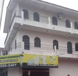 Alugo Apt de 2 quartos,alvorada 2,valor 700 reais.
