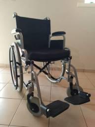 Cadeira de rodas Centro S1 Ottobock dobrável (semi-nova - valor negociável)