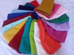 Vende-se toalhas de mesa