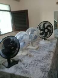 Vendo estes 3 ventiladores  de 30 cm  a 70 reais  cada um