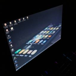 Notebook de Mesa Samsung 8gb i7 SSD 120GB