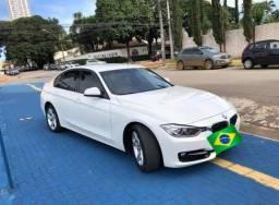 BMW  320i Active 2.0 16V Turbo Urgente