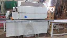Coladeria de borda automática SCM Tecmatic.