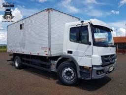 Título do anúncio: caminhão mb 1719 2013