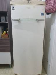 Geladeira Brastemp 1 porta com freezer interno