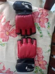 Vende-se Luvas de MMA tamanho M