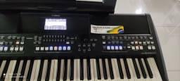 Teclado Yamaha SX600  *