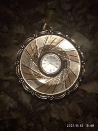 Relógio suíço Mirvaine pingente 17 rubis em ouro 18k