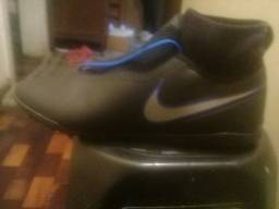 Chuteira soçaite Nike fhanton botinha n 45