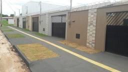 Casa Industrial Santo Antônio 2 Quartos em Aparecida de Goiânia - GO