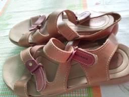 Título do anúncio: Sandália de couro