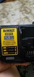 Carregador de Bateria DEWALT