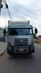 Caminhão VW 24-250