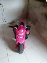 Moto elétrica pra menina