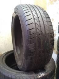 Par de pneus Goodyear 225 45 18 usados