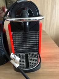 Cafeteira e espumador nespresso