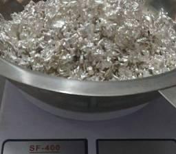Prata pura 999.9 de pureza.