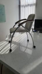 Cadeira p escritório em couro