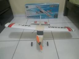 Aeromodelo Cessna 747