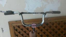 Mesinha guidao luvinha e manete de ferro