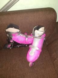 Vendo esse lindo par de patins por 100R$