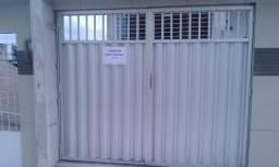 Vendo este portão ja ussado em bom estado autura 1.92 por2.35 de largura