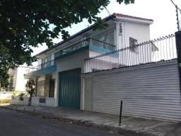 Bela Casa - Bairro de Nazaré, próximo à Basílica (Residencial ou Comercial)
