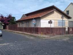 Casa de esquina no centro da Lapa