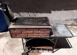 Vendo churrasqueira com rodinhas
