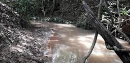Chácara a venda de dois hectares a 80 km de Goiânia
