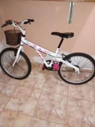 Bicicleta infantil Caloi - semi nova