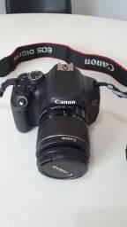 Câmera Cânon T3i (Estado de Nova)