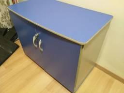 Armario para escritório, móveis Belo, em ótimo estado